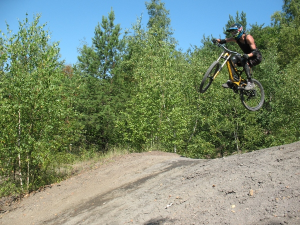 Wheels up, Dmitry Gorodetsky takes flight on his mountain bike!